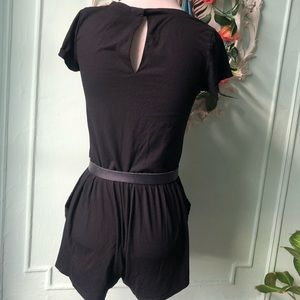 H&M Pants - Cute basic H&M black romper
